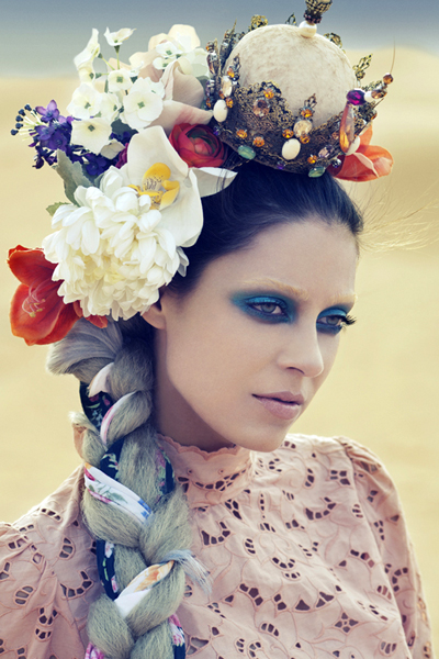 The art of flower crowns is an ancient one, but the effect is always the same – they enhance the natural beauty of the bride.