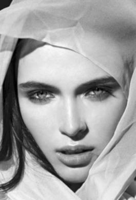 Bride Fashion Model (Black & White) 05