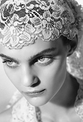 Bride Fashion Model (Black & White) 06