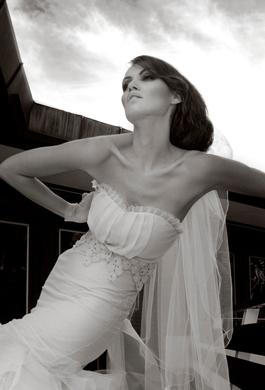 Bride Fashion Model (Black & White) 14